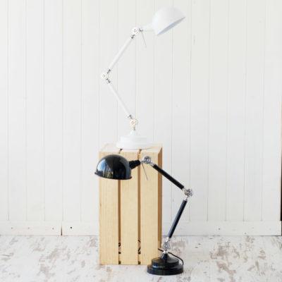 Amaya - flexo de estilo industrial en blanco y negro
