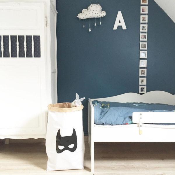 bolsa-de-papel-batman-superheroe-almacenaje-organizacion-ninos-habitacion-infantil-guardar-los-juguetes-zaragoza-liderlamp-2