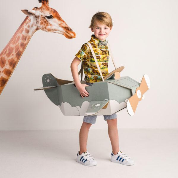 Disfraz avión - avión de cartón - avión verde - Mister Tody - Cosplay - Carnaval - Juegos - Cumpleaños infantil - Liderlamp - Regalo niños - Ilumina tus sueños