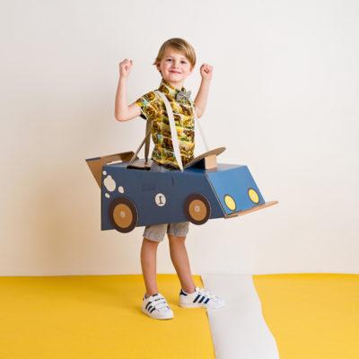 Disfraz coche – coche de cartón – coche azul – Mister Tody – Cosplay – Carnaval – Juegos – Cumpleaños infantil – Liderlamp – Regalo niños – Ilumina tus sueños (2)
