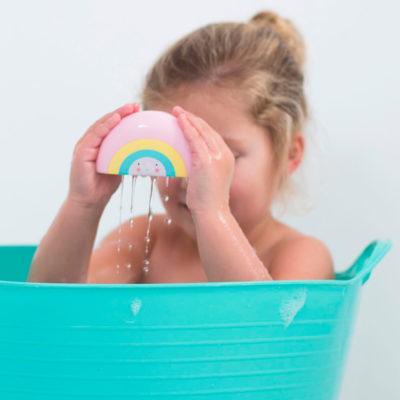 Juguete para el baño -arcoiris – A Little Lovely Company – Liderlamp (3)