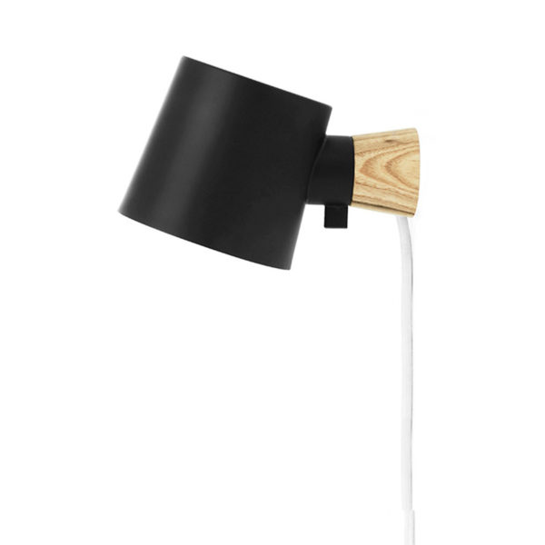 Aplique Rise – negro – Normann Copenhague – Liderlamp (2)