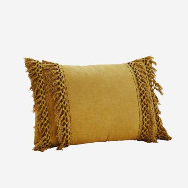 Cojin mostaza con borlas – tejido lino – decoracion textil – boho – Liderlamp (2)