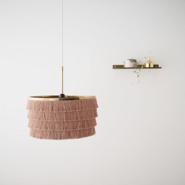 Colgante Manila – lámpara de flecos – dorado – Liv Interiors