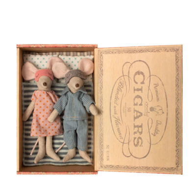 Mama y papa raton - caja de cigarros - Maileg - munecos de tela - Liderlamp (2)