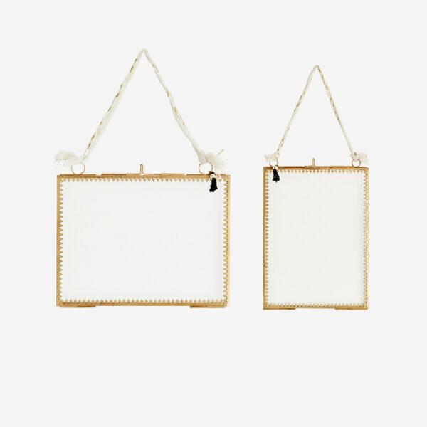 Marco de fotos- colgador algodon – Madam Stolz – dorado – Liderlamp (1)