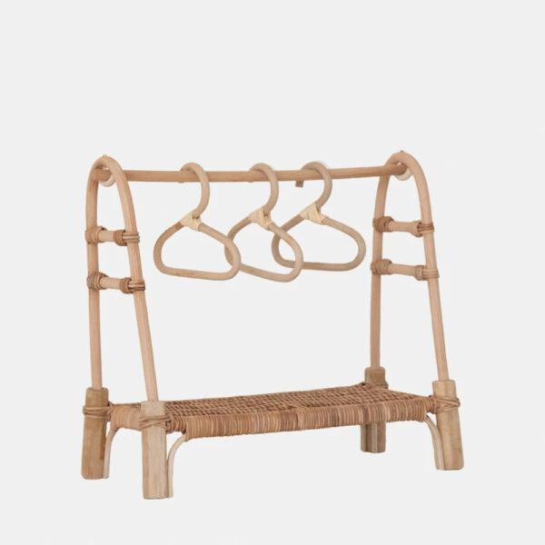 Perchero de juguete – Olli Ella – ratan – munecos de trapo – juguetes – Liderlamp (1)