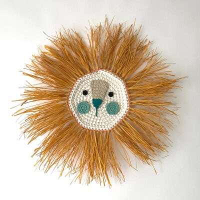Leon - mostaza y turquesa- deco ninos - Artesanal - Ila y Ela - crochet - Liderlamp