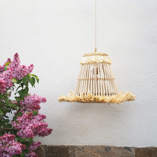Colgante Hawaii – ratan – flecos – fibras naturales – Liv Interiors – Liderlamp (1)