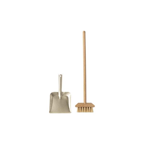 Escoba y recogedor – Maileg – casa de munecas – regalo ninos – Liderlamp (1)
