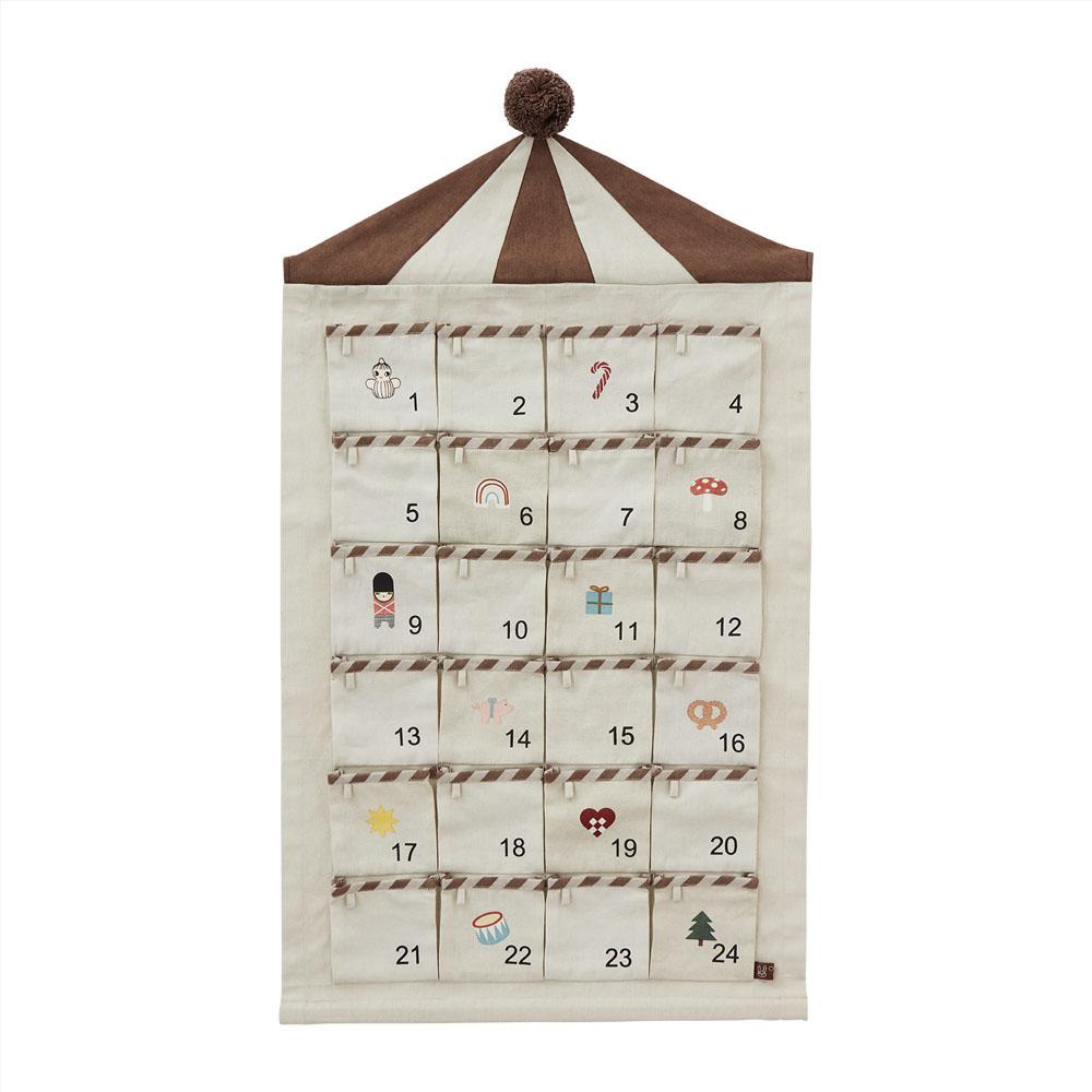 Calendario de Adviento - Circo - Oyoy - Navidad - pared - Liderlamp (2)