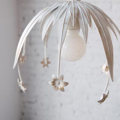 Colgante Sauce - Grande - diseno floral - blanco patina dorada - Liderlamp (1)