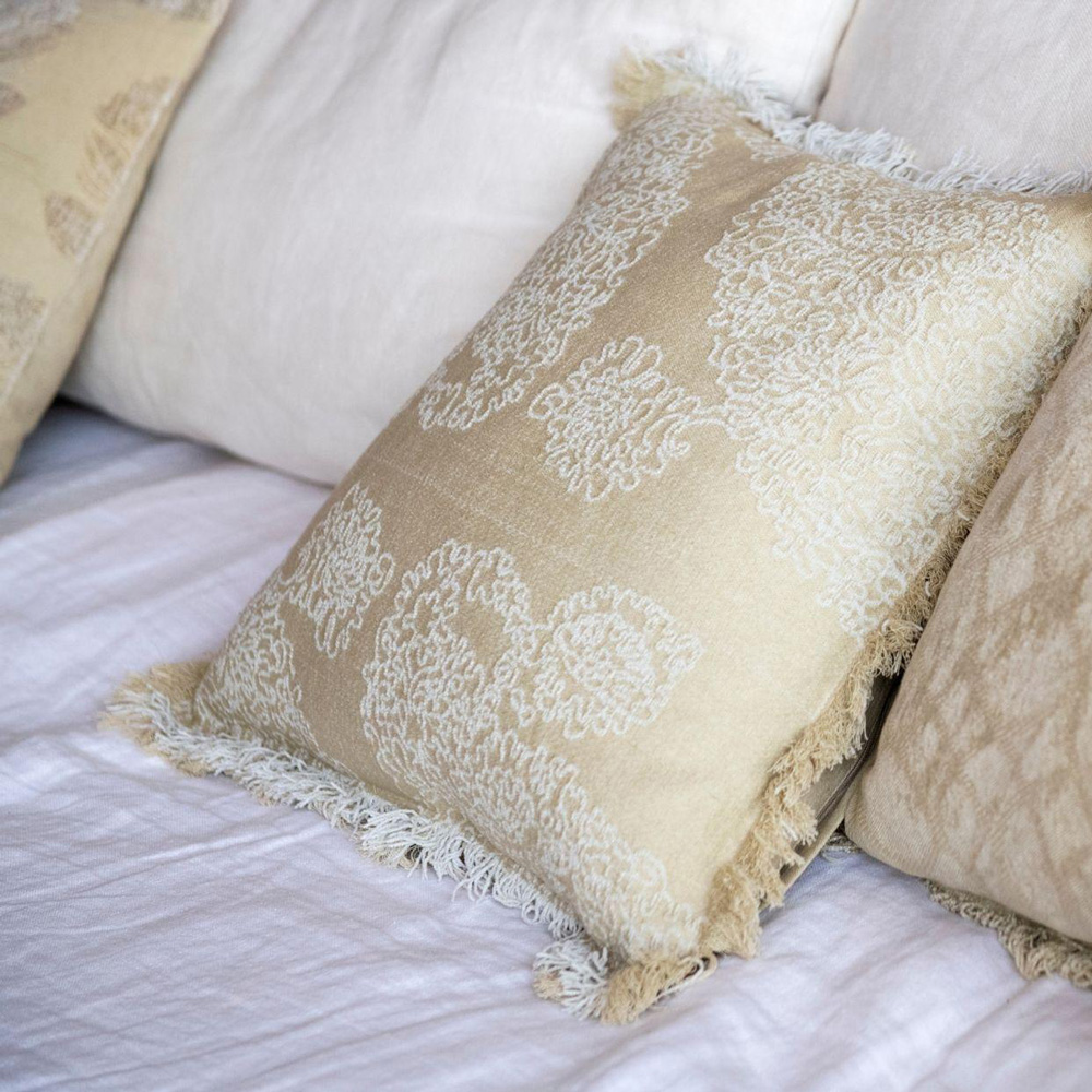 Cojin Algodon Blossom - 45x45 - textiles hogar - color crudo - flecos - Liderlamp (3)