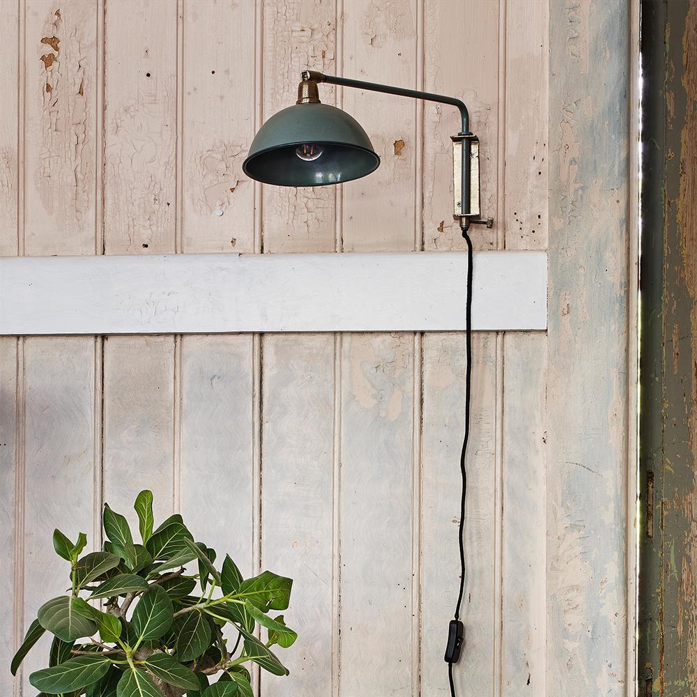 Aplique Elma - verde antiguo - vintage - retro industrial - brazo - enchufe - Liderlamp (2)