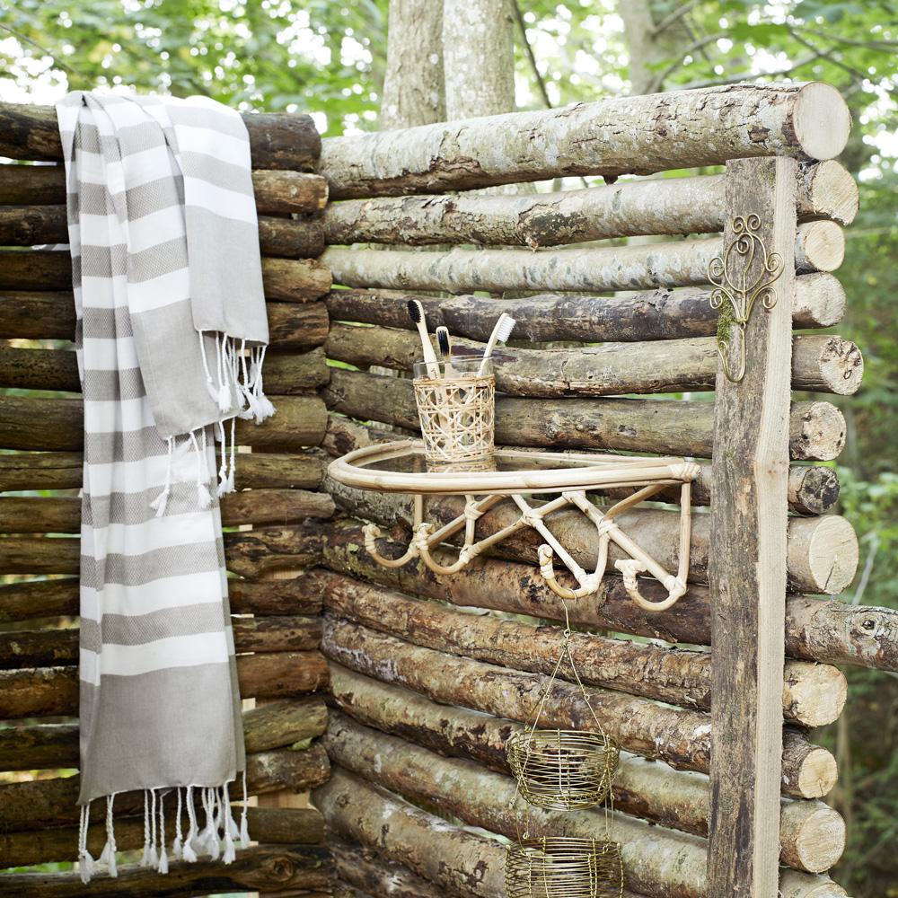 Estanteria bambu con perchas - Madam Stolz - almacenaje pared - bano - Liderlamp 22